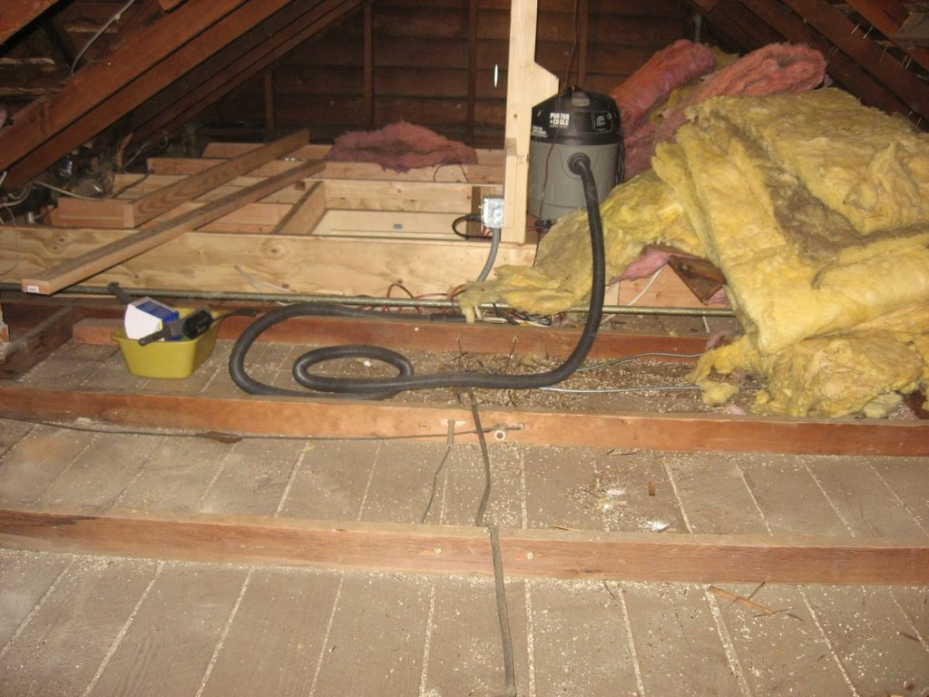 How to Remove Insulation from the Attic